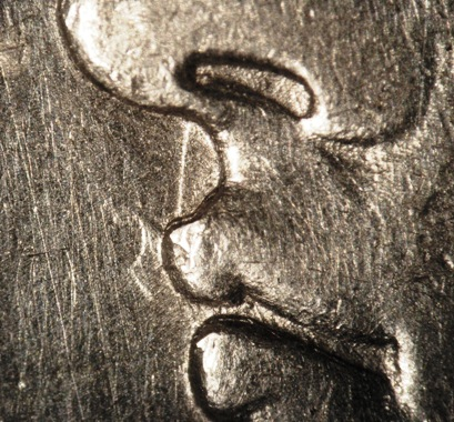 1921-S VAM-15E obverse clashing at lips.jpg